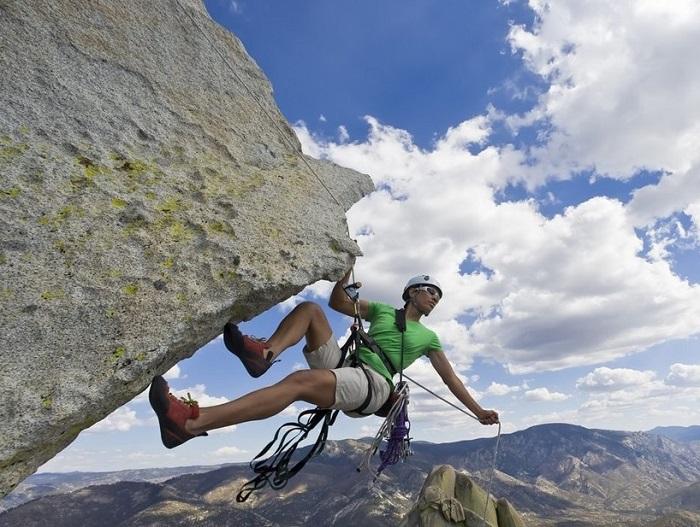 Экстремальный отдых в горах фото