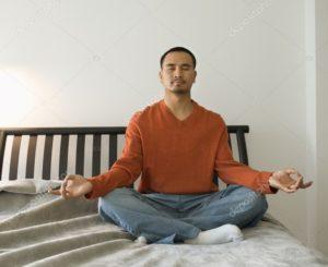 Медитация на диване
