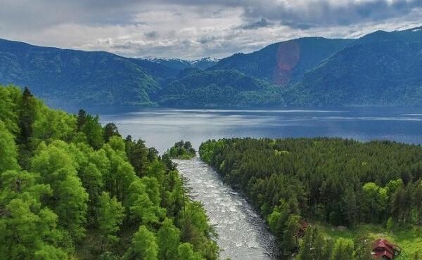 Слияние алтайских рек
