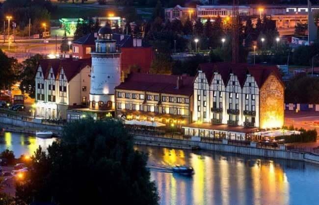Калининград вечером